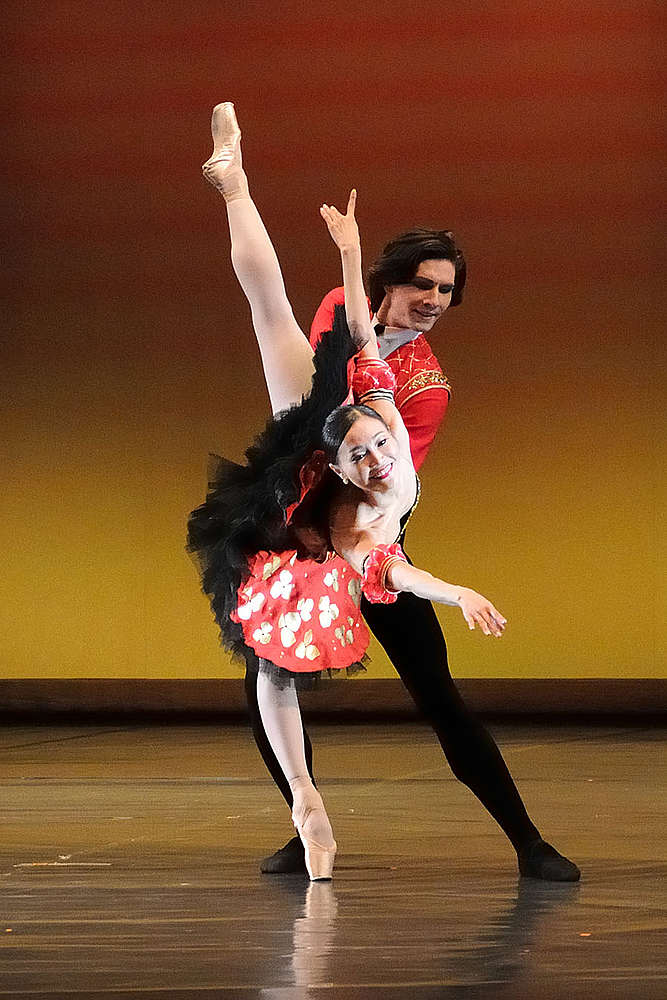 Pictured: Yuka Ebihara and Vladimir Yaroshenko in a pas de deux from Don Quixote choroeographed by Marius Petipa. Photo by Martin Popelář